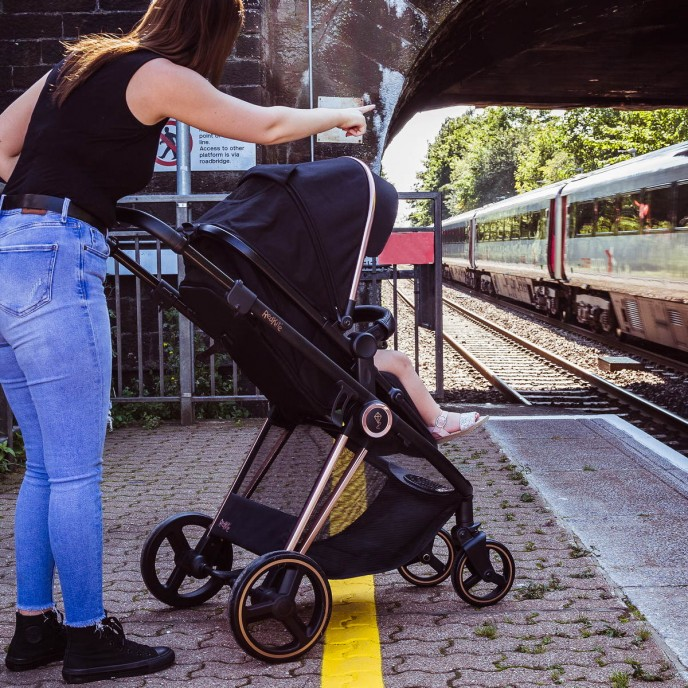 Red Kite Travel System Push Me Pace Amber Rose Gold