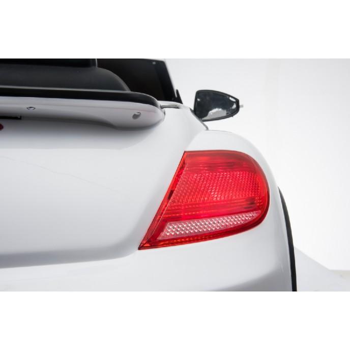 Chipolino Electric Car VW Beetle Dune White